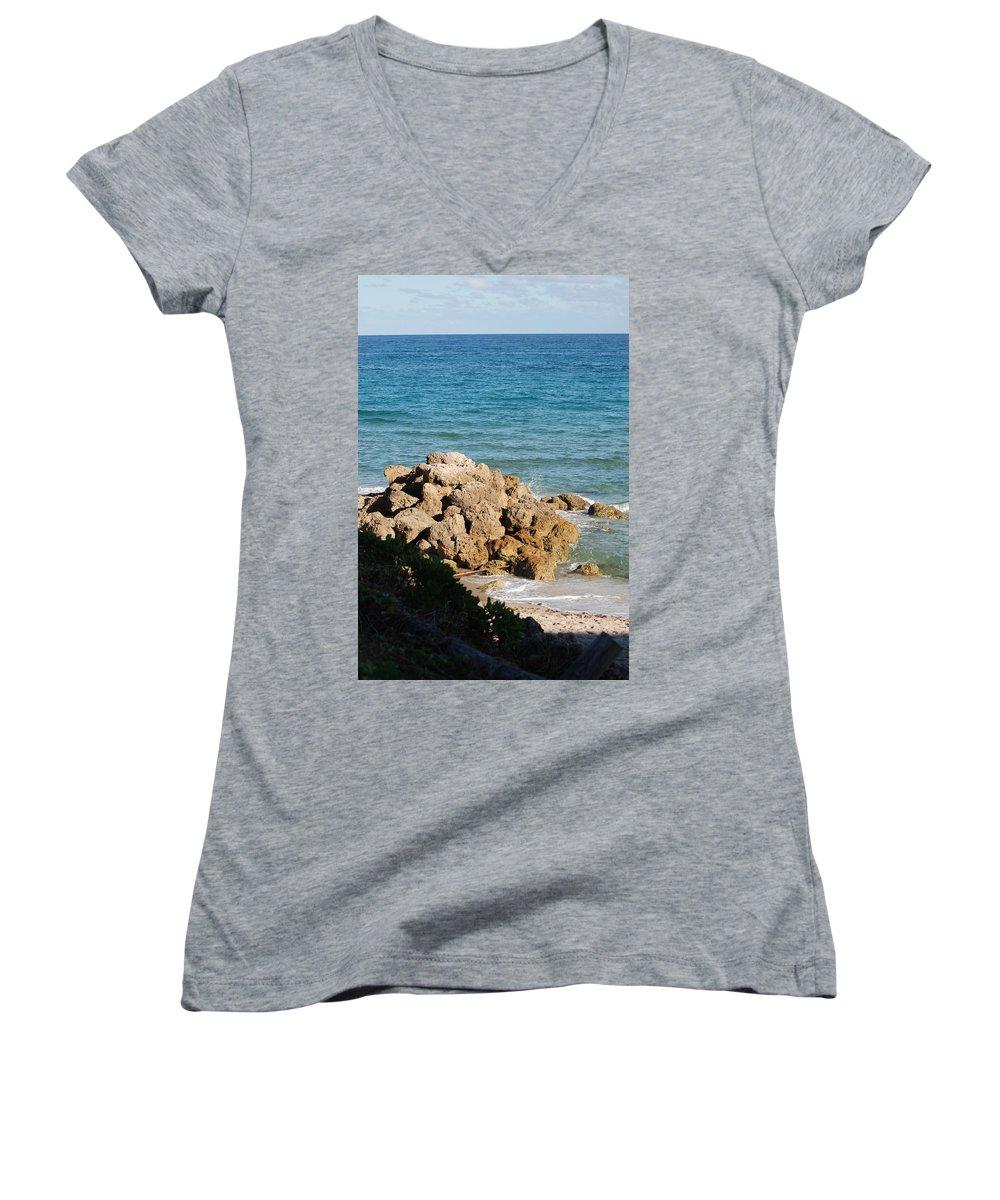Sea Scape Women's V-Neck T-Shirt featuring the photograph Rocky Shoreline by Rob Hans