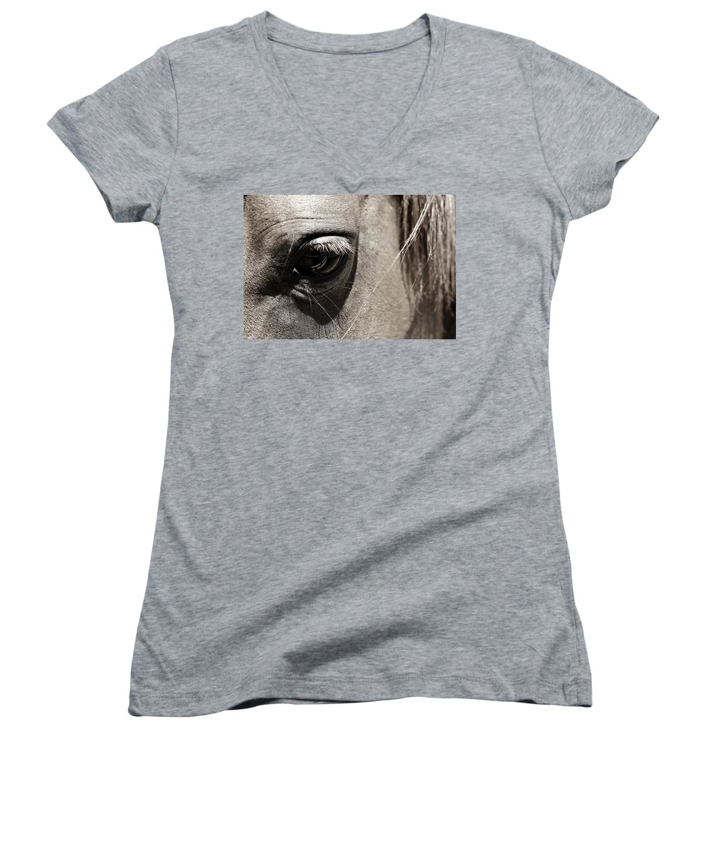 Americana Women's V-Neck T-Shirt featuring the photograph Stillness In The Eye Of A Horse by Marilyn Hunt