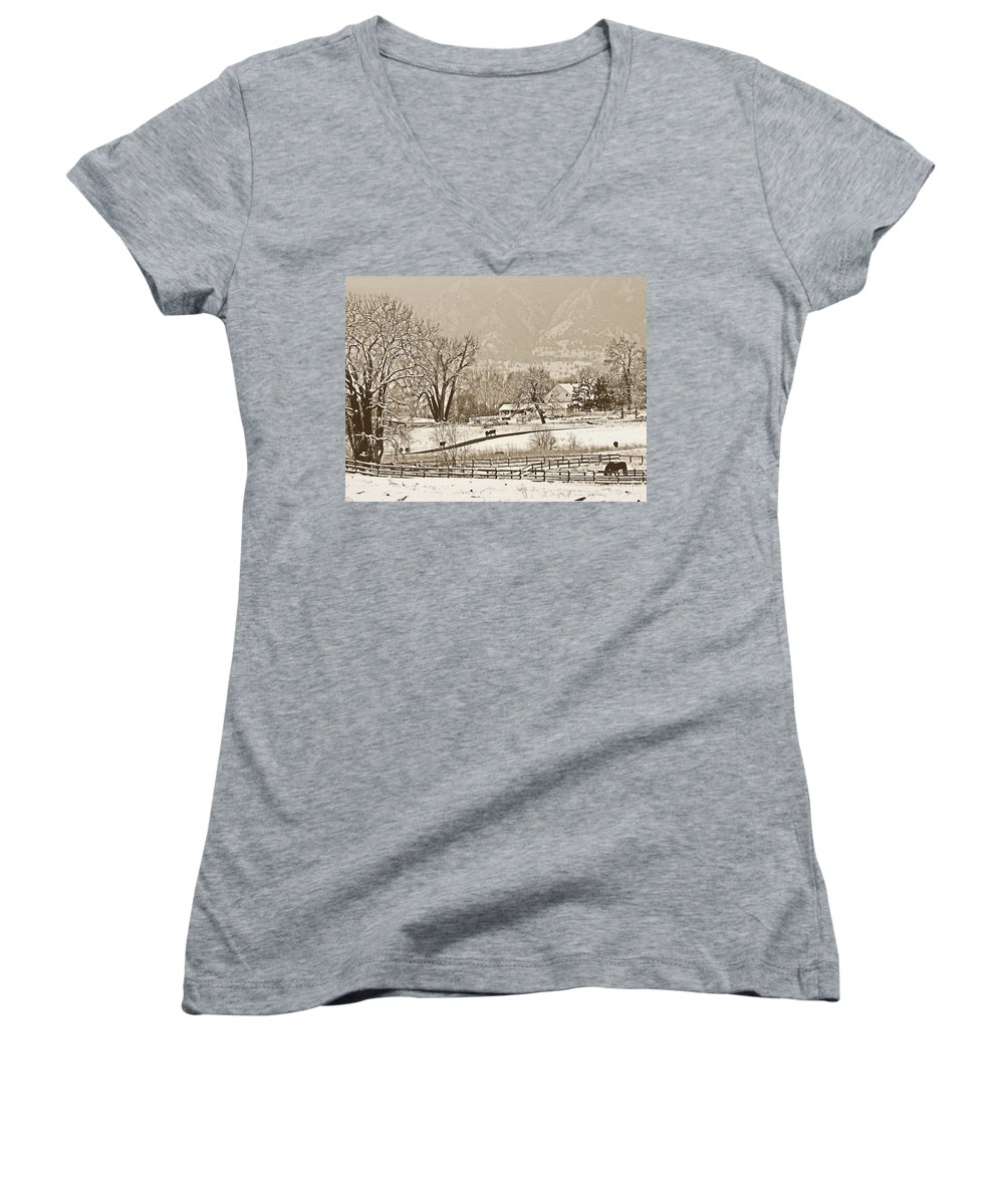 Landscape Women's V-Neck T-Shirt featuring the photograph Simpler Times by Marilyn Hunt