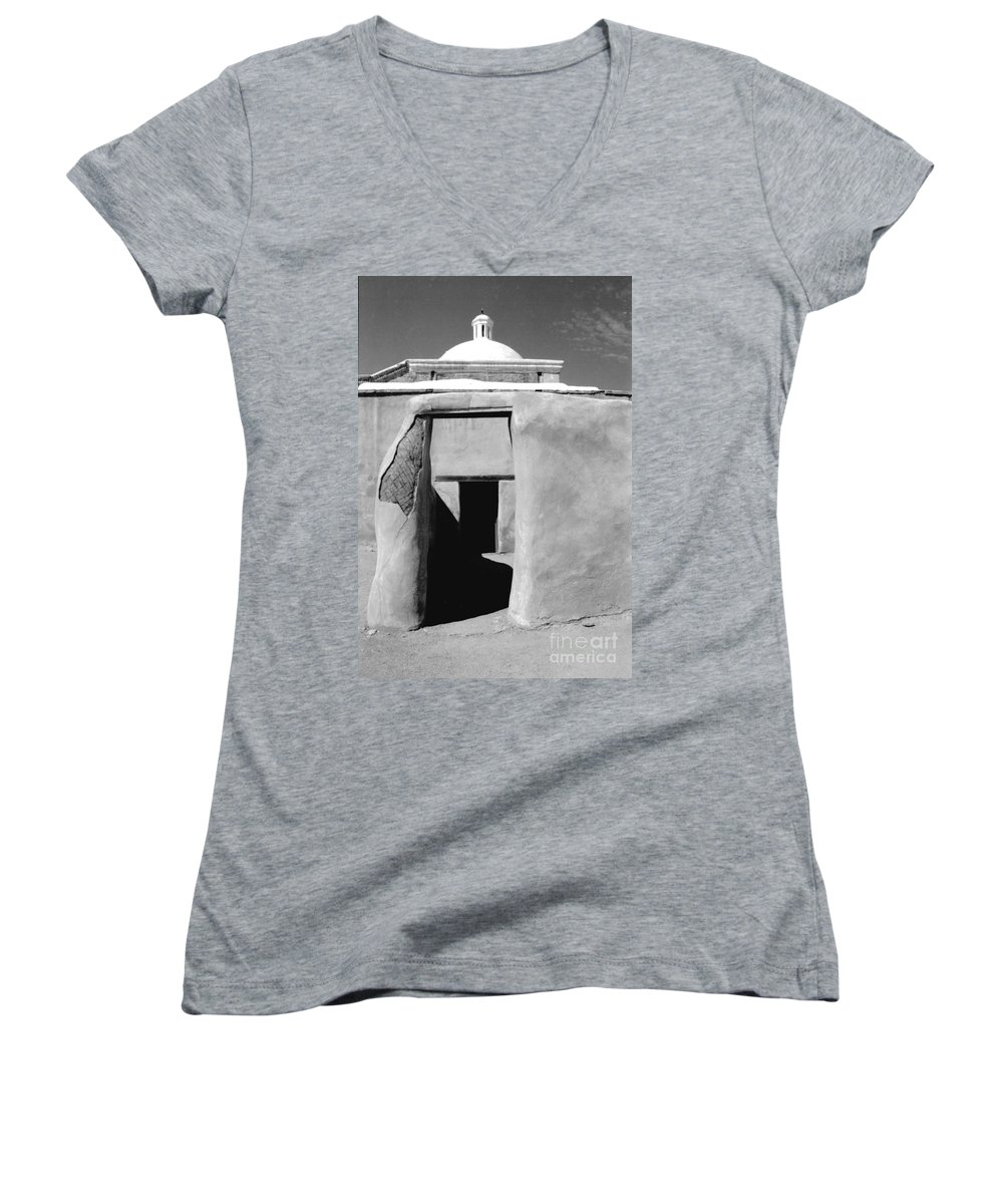 Shadows Women's V-Neck T-Shirt featuring the photograph Sol Y Sombra by Kathy McClure