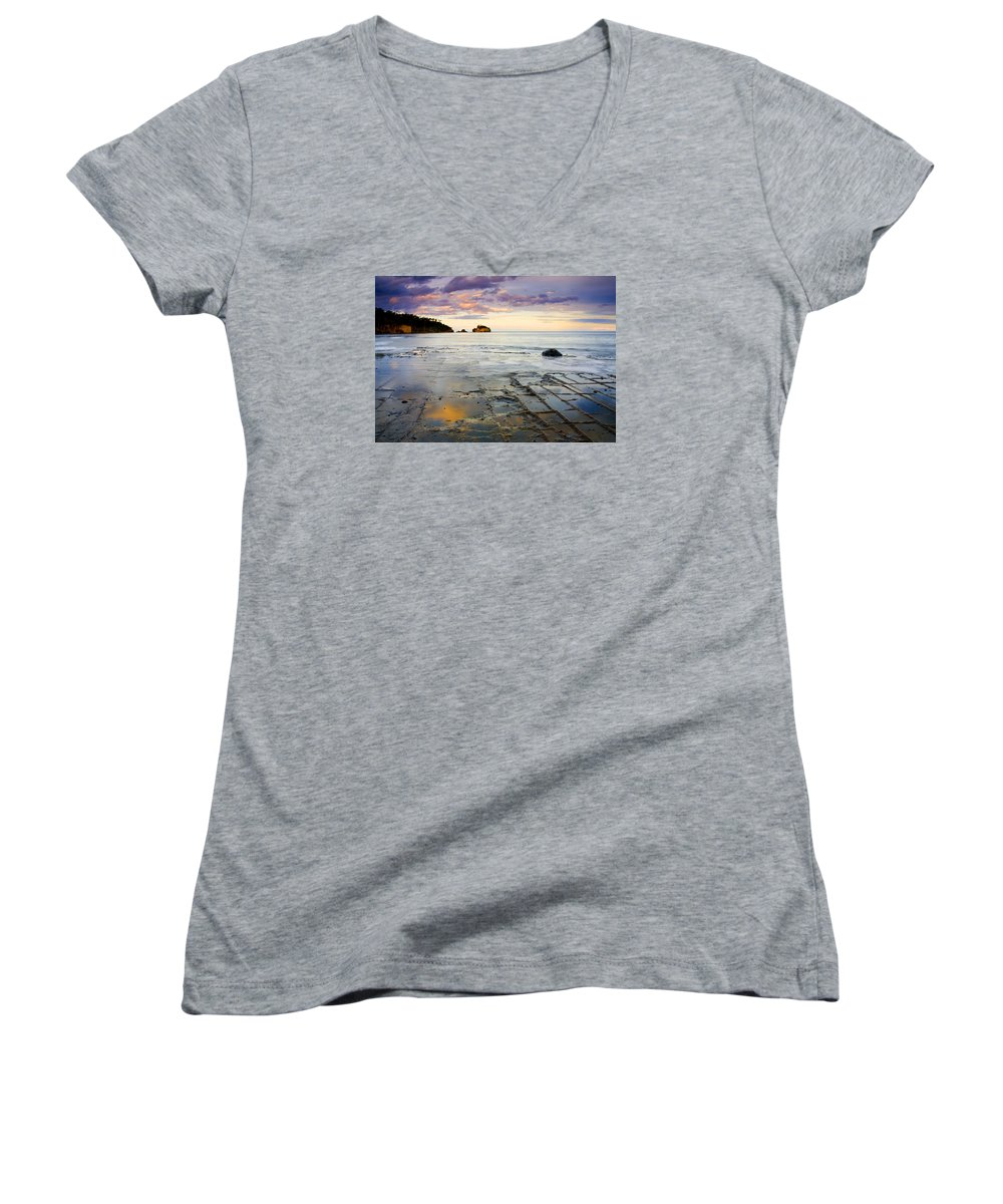 Tesselated Pavement Women's V-Neck T-Shirt featuring the photograph Sunset Grid by Mike Dawson