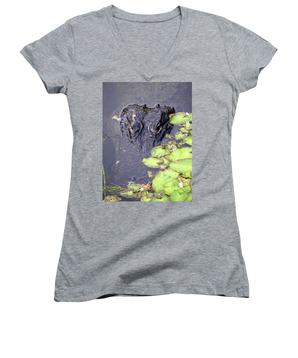 Swamp Women's V-Neck T-Shirt featuring the photograph Too Close For Comfort by Ed Smith