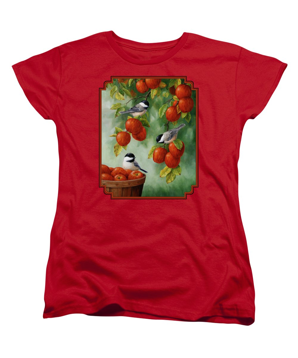 Apple Women's T-Shirts