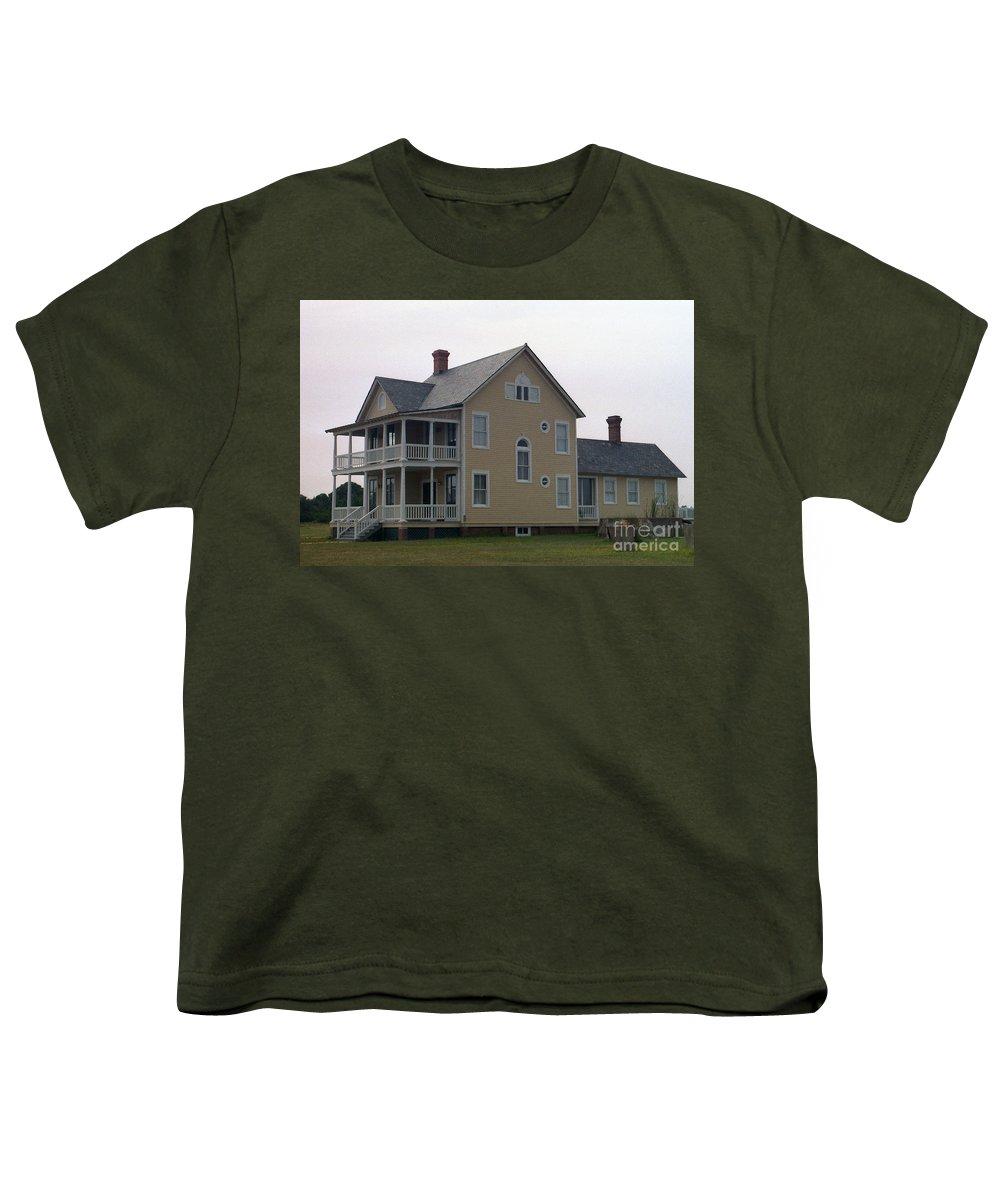 Alabama Youth T-Shirt featuring the digital art Alabama Coastal Home by Richard Rizzo