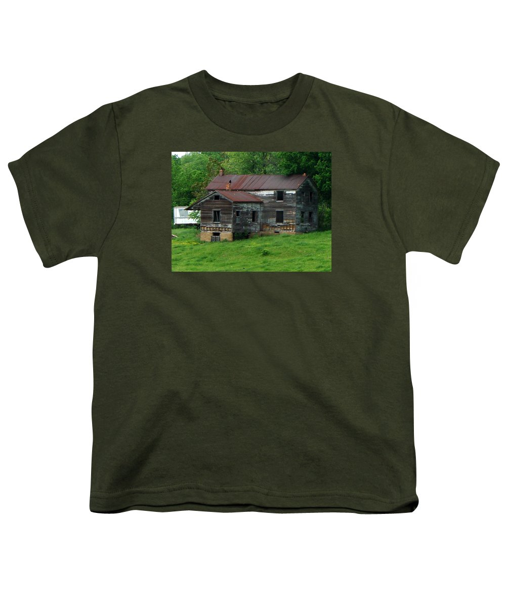 Oldhouse Youth T-Shirt featuring the photograph Birds On Chimneys by J R  Seymour