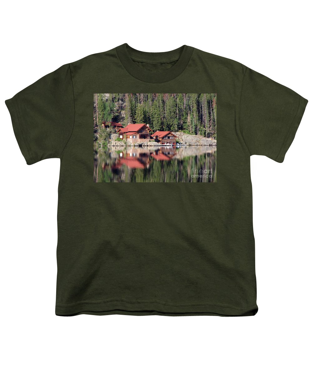Cabin Youth T-Shirt featuring the photograph Cabin by Amanda Barcon