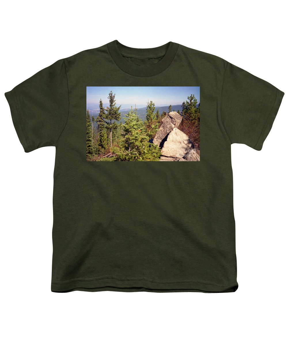 Landscapes Youth T-Shirt featuring the photograph The Star Gazer by Richard Rizzo