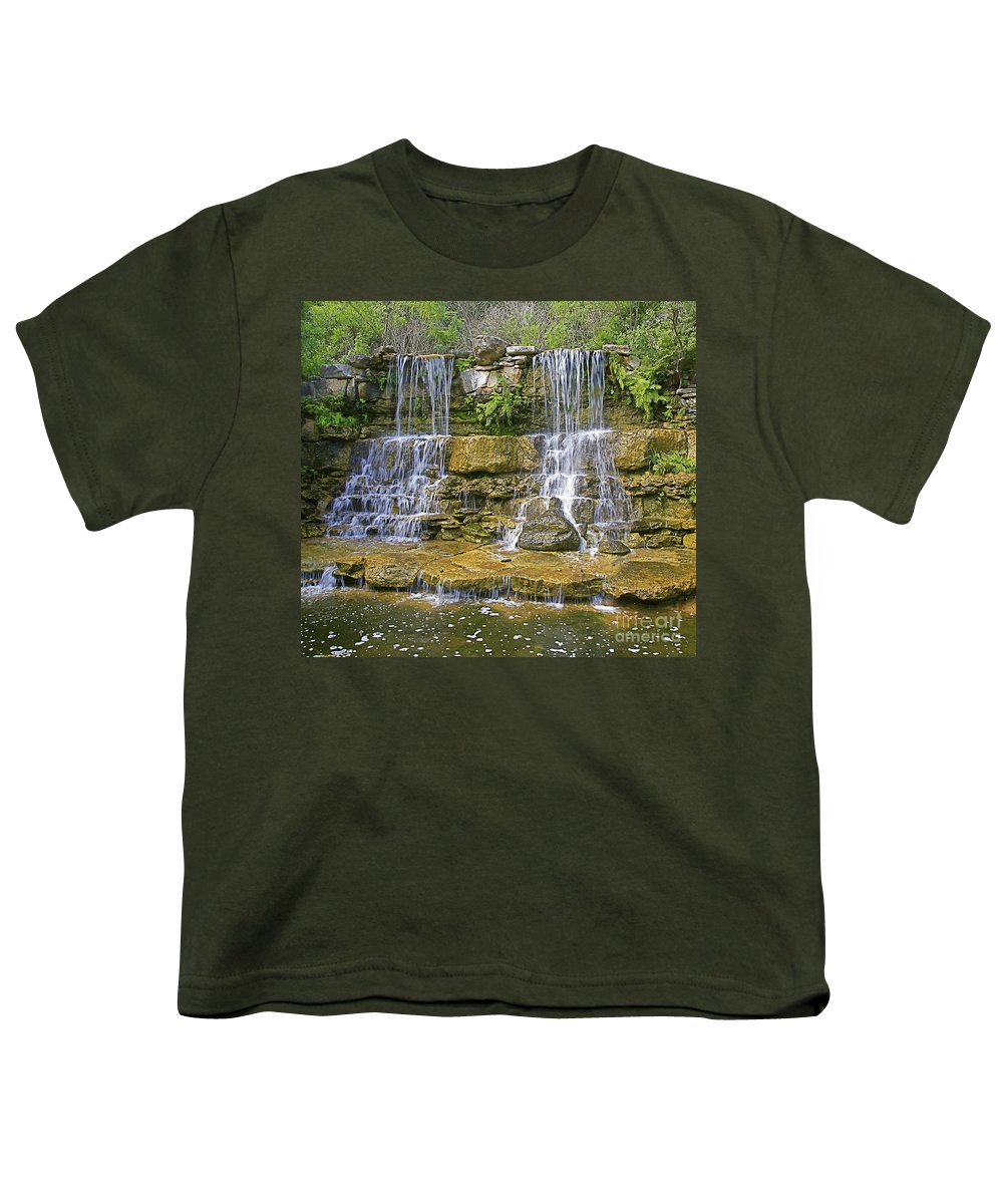 Waterfalls Youth T-Shirt featuring the photograph Twin Falls by Robert Pearson