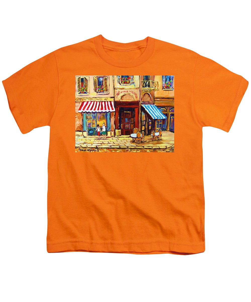 Old Montreal Outdoor Cafe City Scenes Youth T-Shirt featuring the painting Cafe De Vieux Montreal With Couple by Carole Spandau