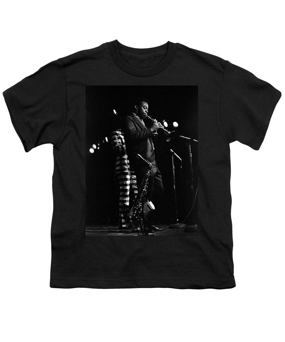 Dewey Redman Youth T-Shirt featuring the photograph Dewey Redman by Lee Santa