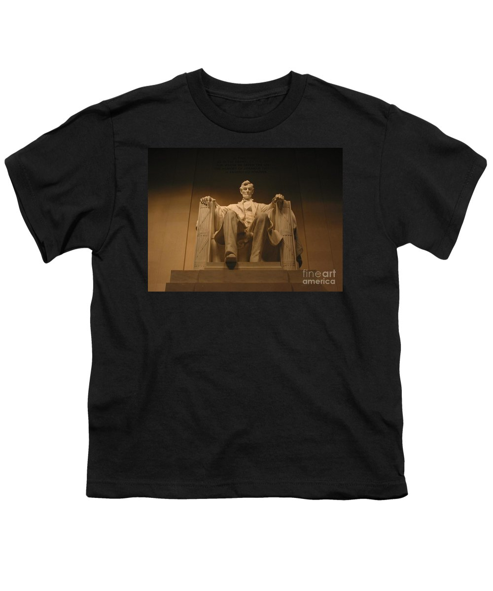 Abraham Lincoln Youth T-Shirt featuring the photograph Lincoln Memorial by Brian McDunn