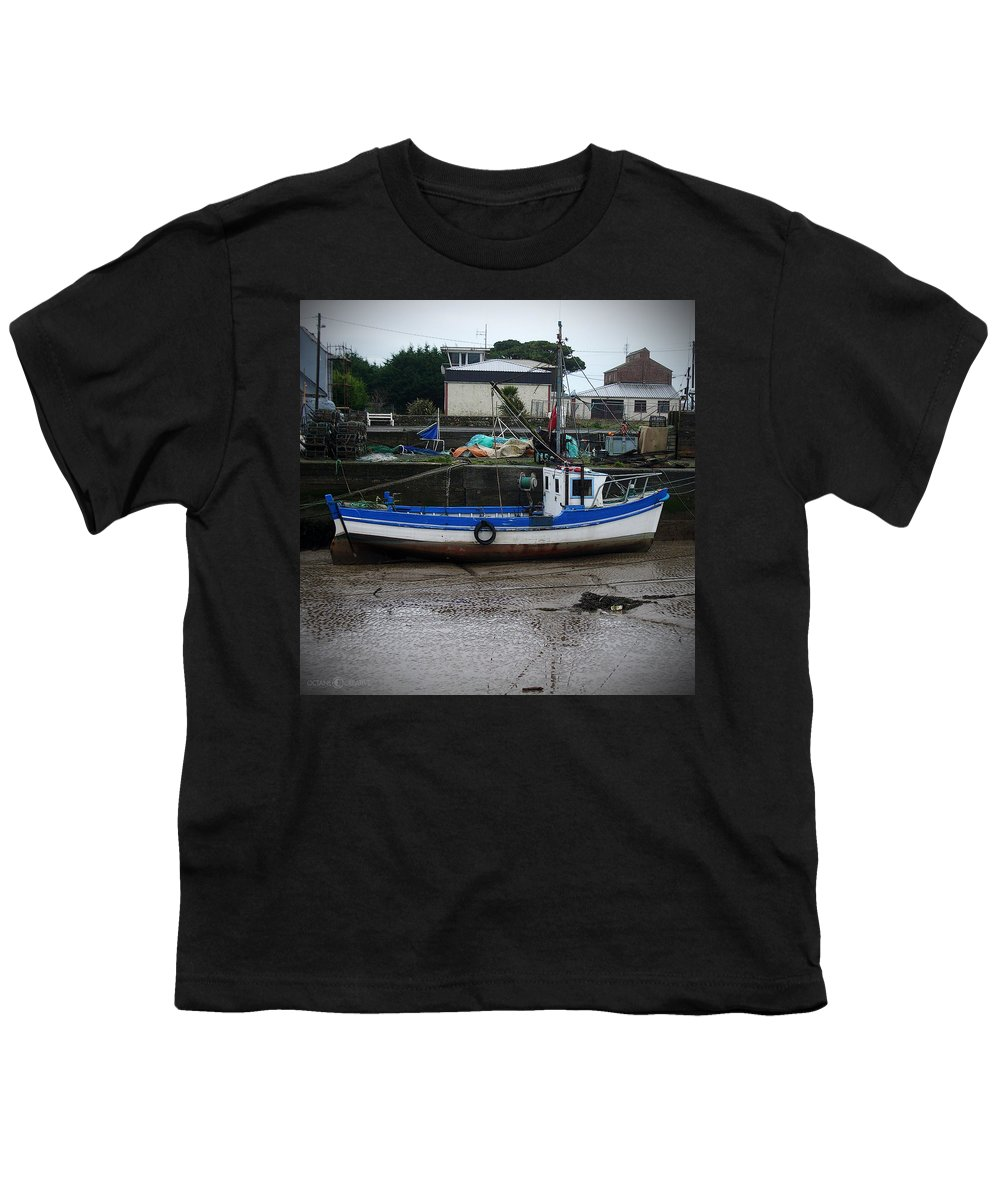 Boat Youth T-Shirt featuring the photograph Low Tide by Tim Nyberg