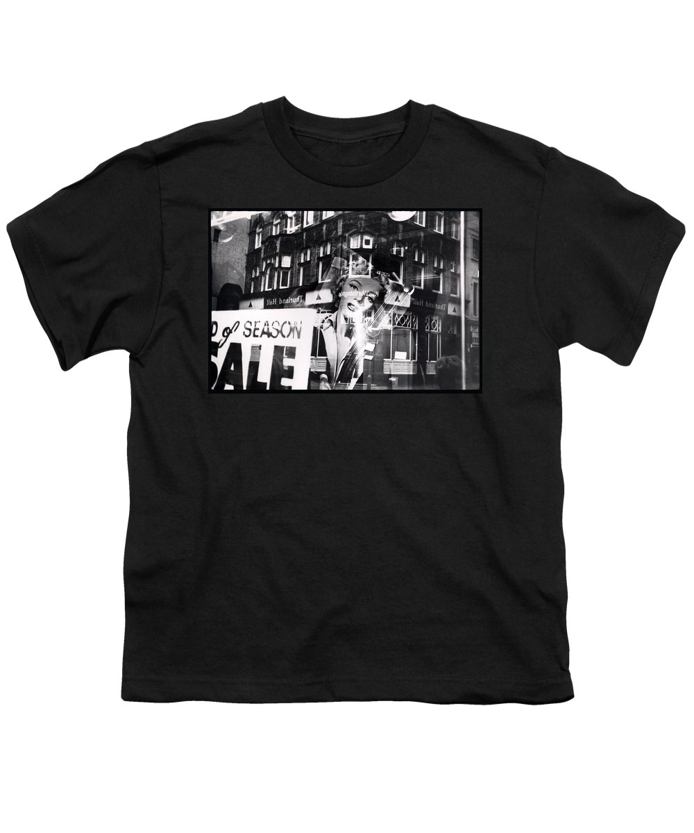 Marilyn Youth T-Shirt featuring the photograph Photograph Of Marilyn by Charles Stuart