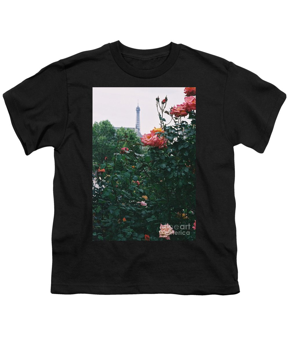 Roses Youth T-Shirt featuring the photograph Pink Roses And The Eiffel Tower by Nadine Rippelmeyer