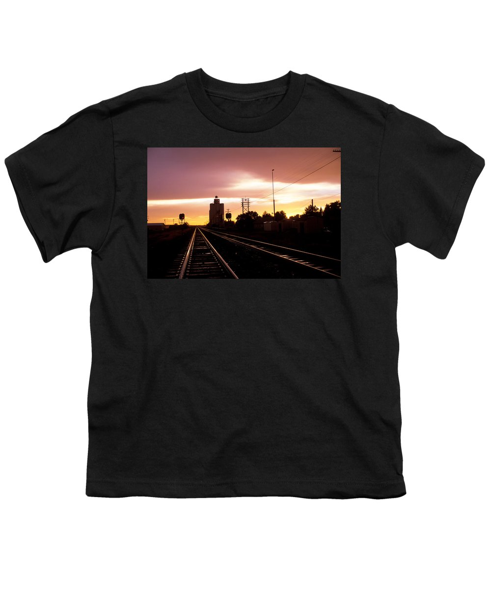 Potter Youth T-Shirt featuring the photograph Potter Tracks by Jerry McElroy