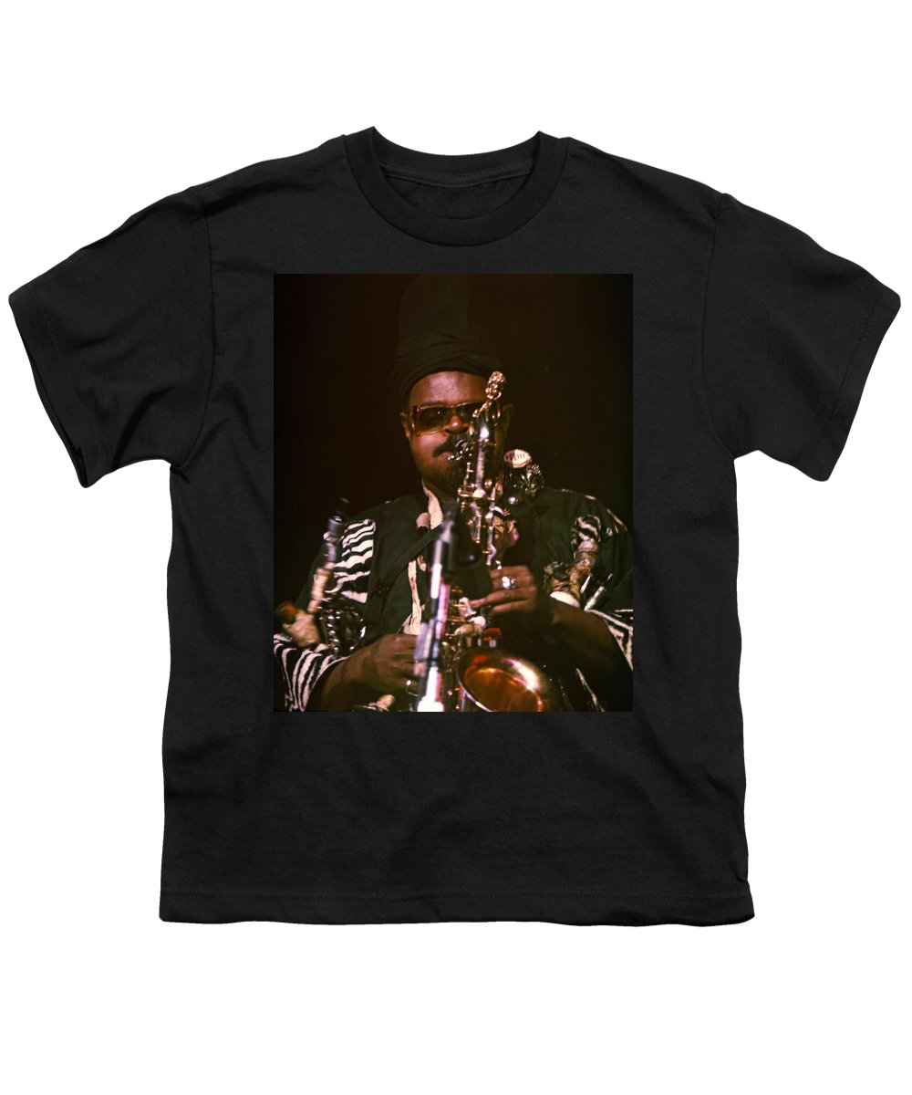 Rahsaan Roland Kirk Youth T-Shirt featuring the photograph Rahsaan Roland Kirk 3 by Lee Santa