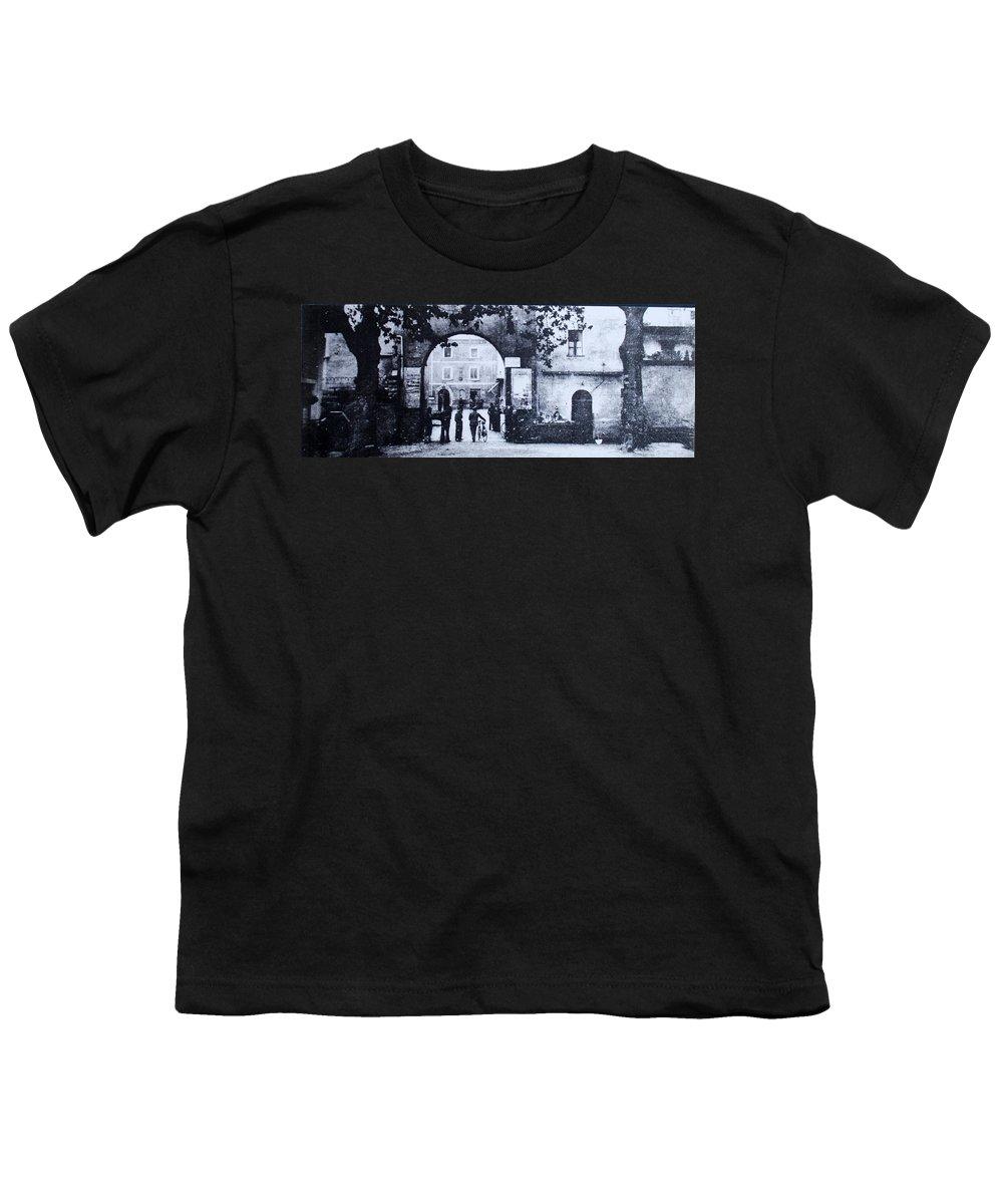 Tuscany Youth T-Shirt featuring the photograph Villafranca by Kurt Hausmann