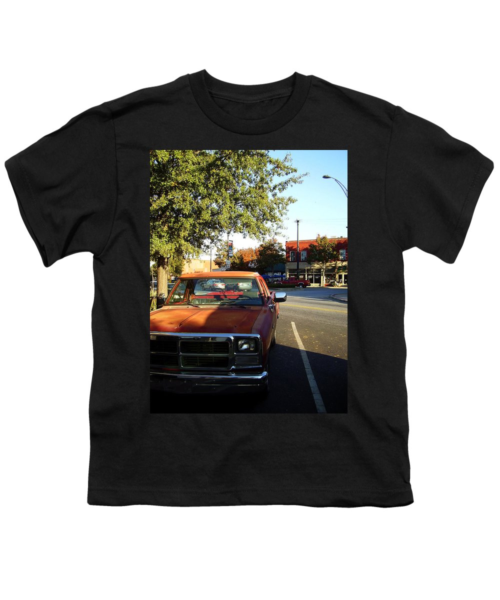 West End Youth T-Shirt featuring the photograph West End by Flavia Westerwelle