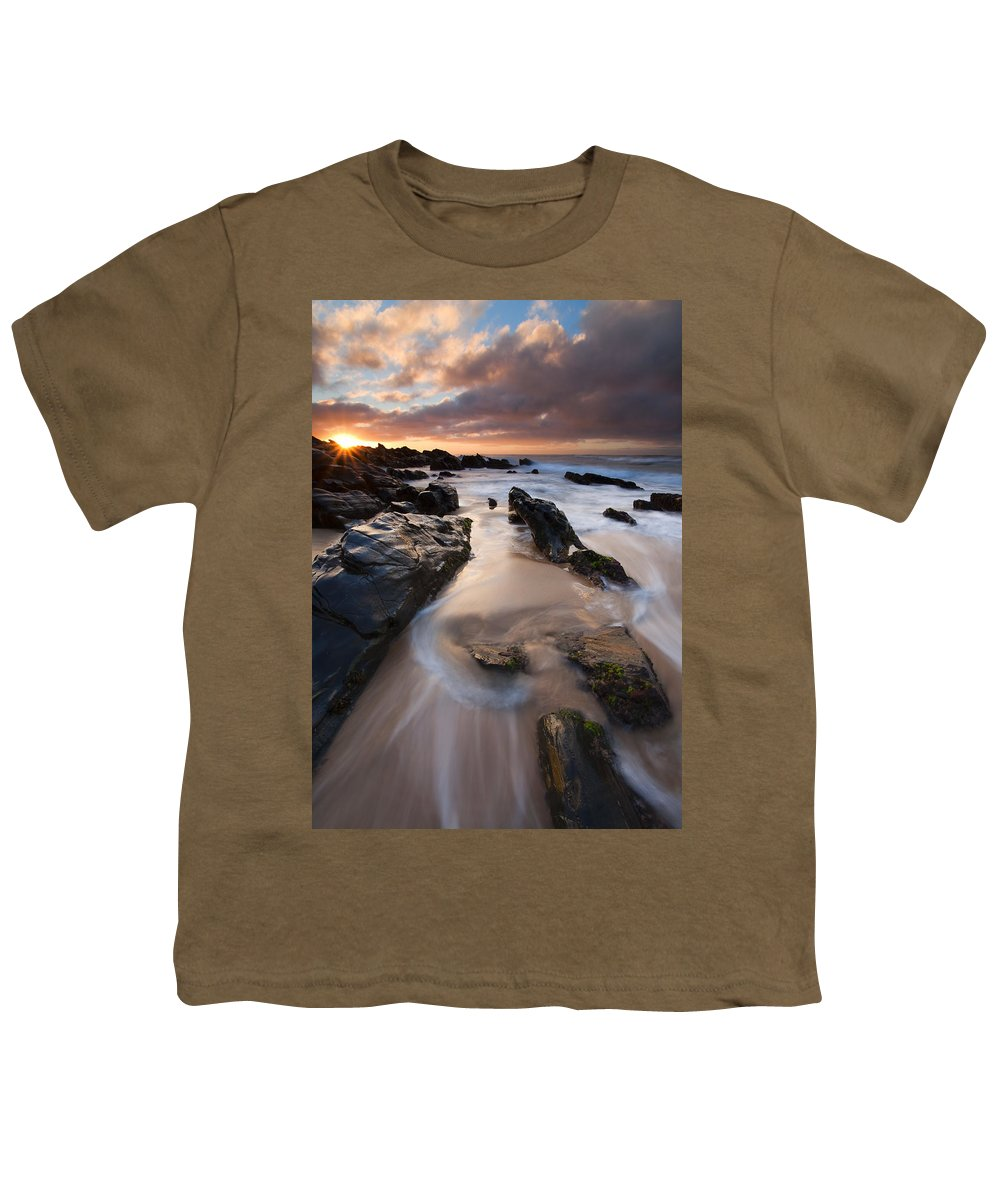 Basham Beach Youth T-Shirt featuring the photograph On The Rocks by Mike Dawson