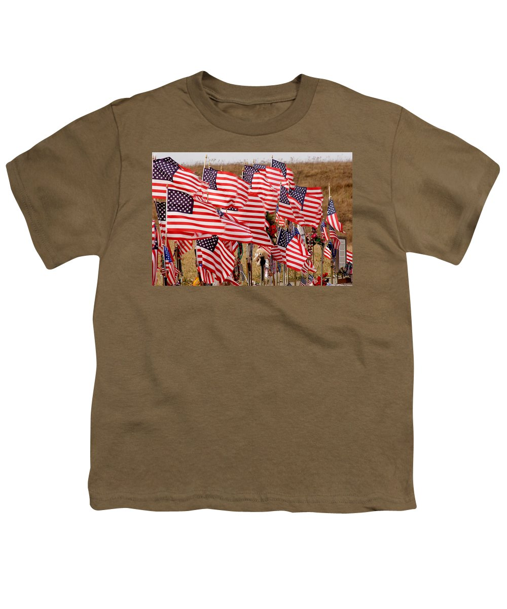 Flags Youth T-Shirt featuring the photograph Flight 93 Flags by Jean Macaluso