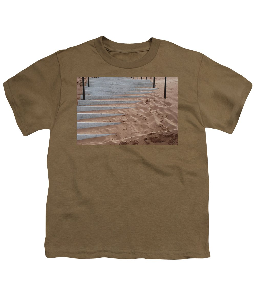 Pop Art Youth T-Shirt featuring the photograph Sands Of Time by Rob Hans