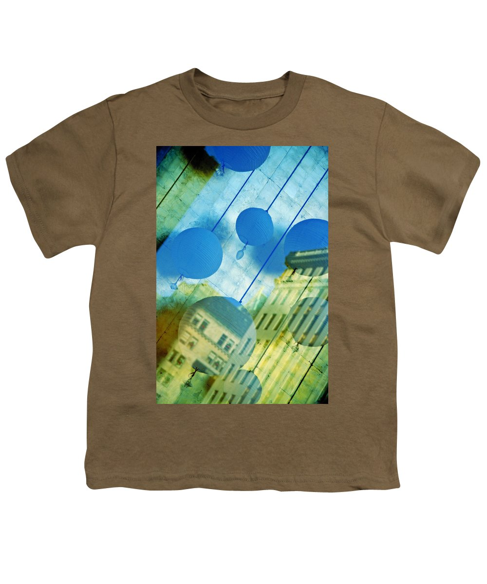 New York Youth T-Shirt featuring the photograph Tiffanys by Skip Hunt