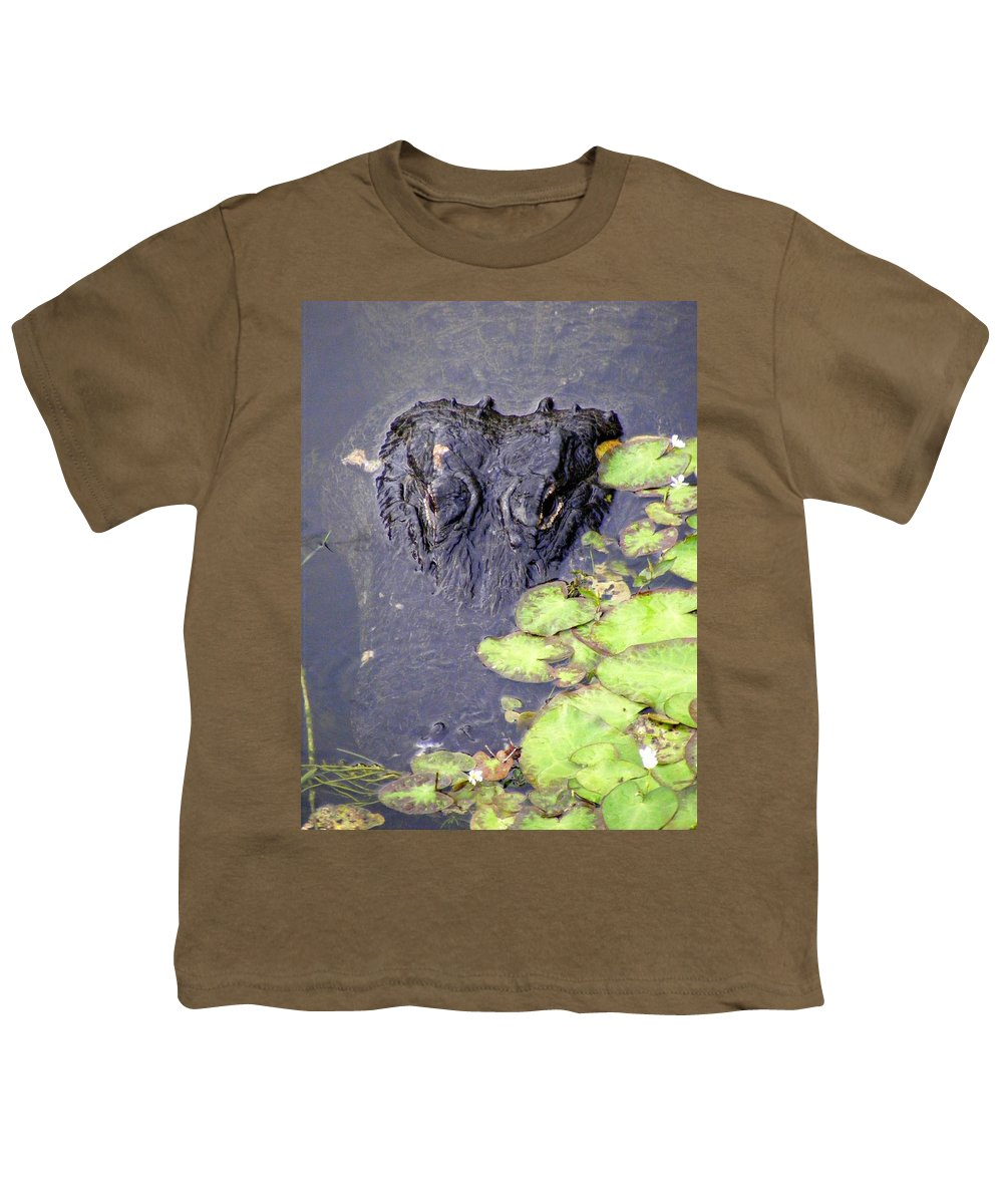 Swamp Youth T-Shirt featuring the photograph Too Close For Comfort by Ed Smith
