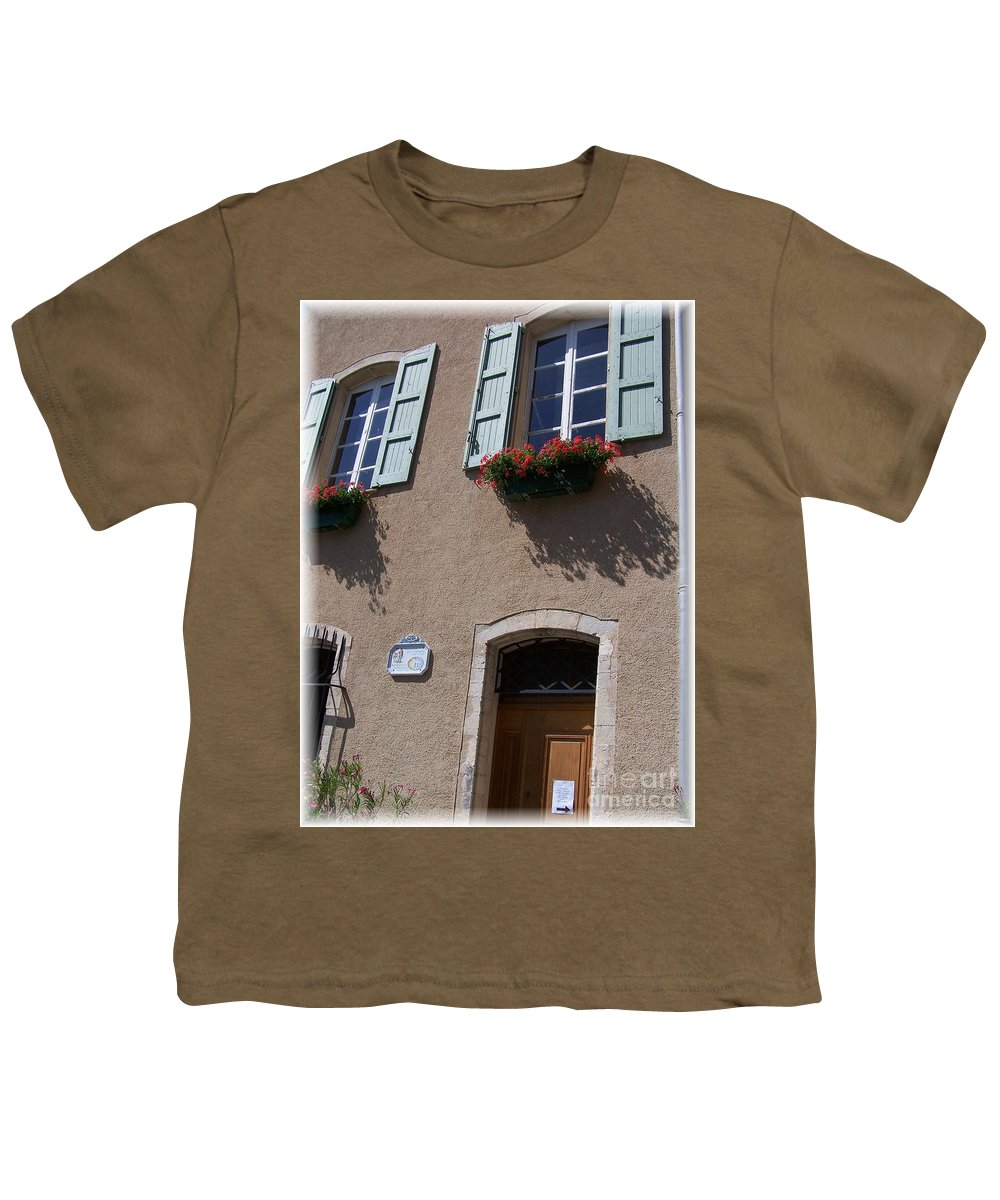 House Youth T-Shirt featuring the photograph Un Maison by Nadine Rippelmeyer