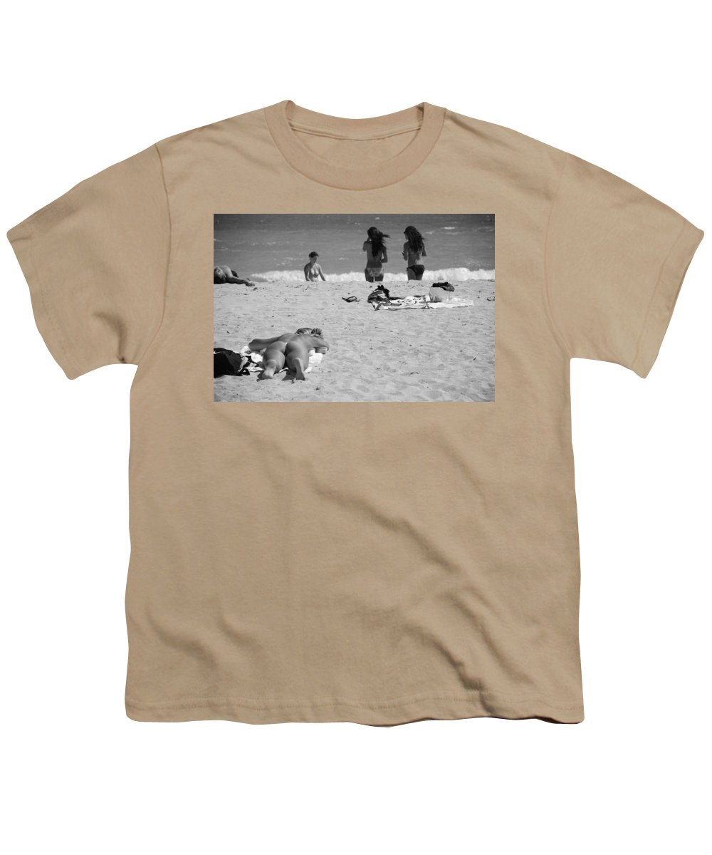 Miami Youth T-Shirt featuring the photograph Half Dead Half Alive by Rob Hans