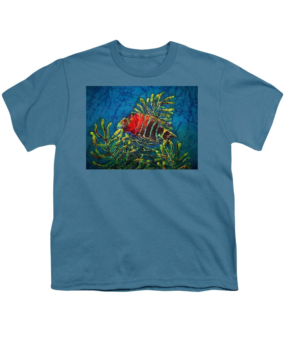 Fish Youth T-Shirt featuring the painting Hovering - Red Banded Wrasse by Sue Duda