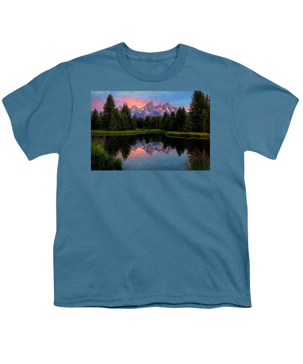 Tetons Youth T-Shirt featuring the photograph Teton Mornig Glow by Ryan Smith