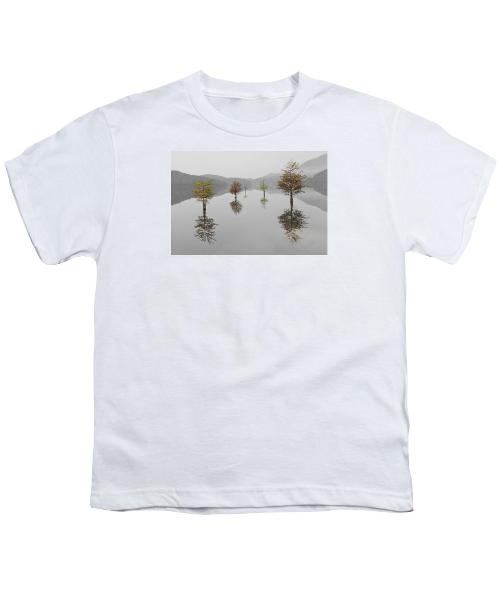 Appalachia Youth T-Shirt featuring the photograph Hanging Garden by Debra and Dave Vanderlaan