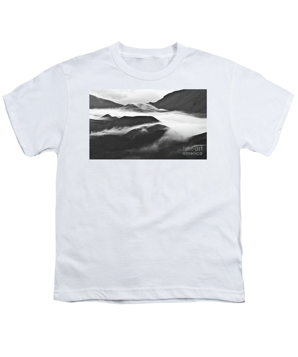 Mountains Youth T-Shirt featuring the photograph Maui Hawaii Haleakala National Park Clouds In Haleakala Crater by Jim Cazel
