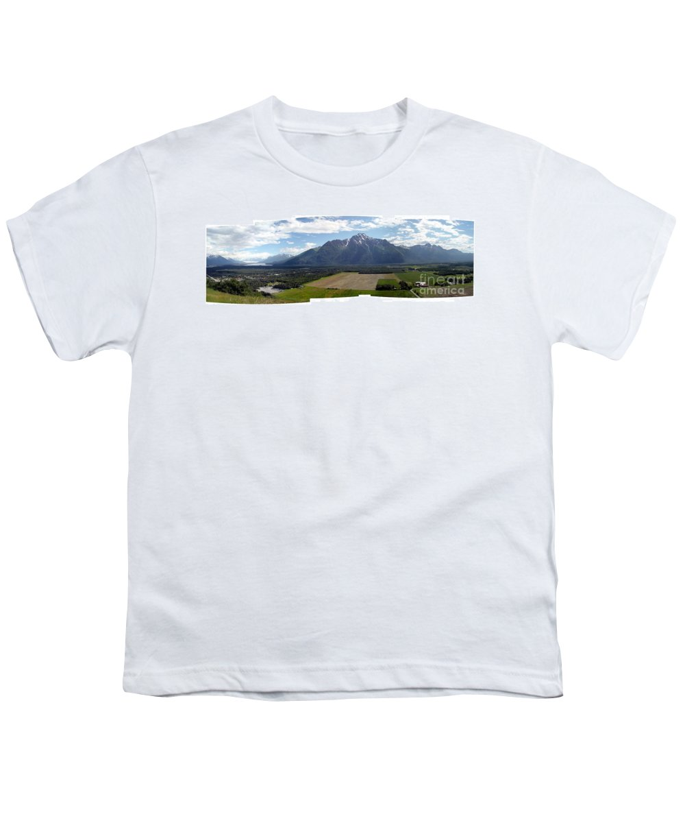 Landscape Youth T-Shirt featuring the photograph On A Butteiful Day by Ron Bissett