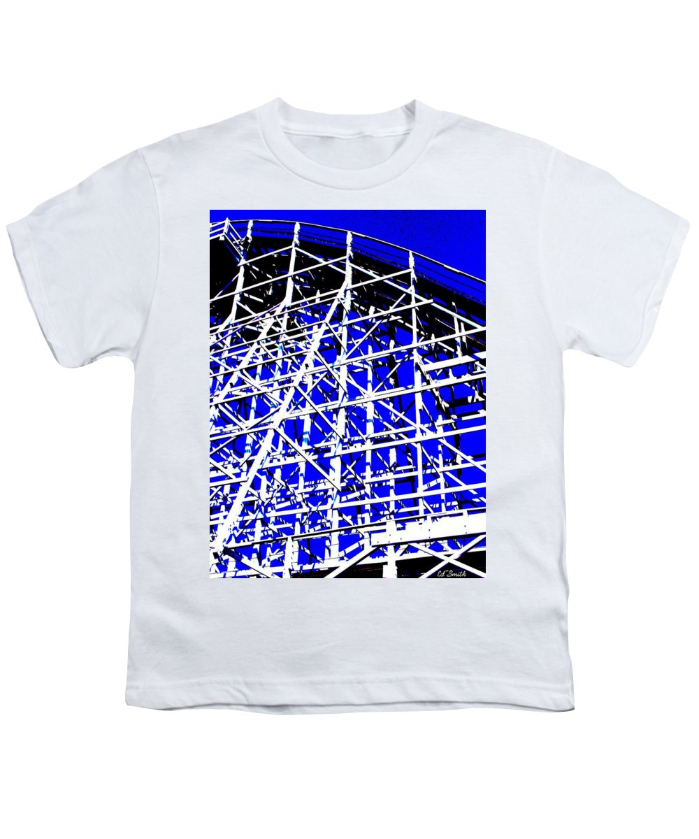 Up And Away Youth T-Shirt featuring the photograph Up And Away by Ed Smith