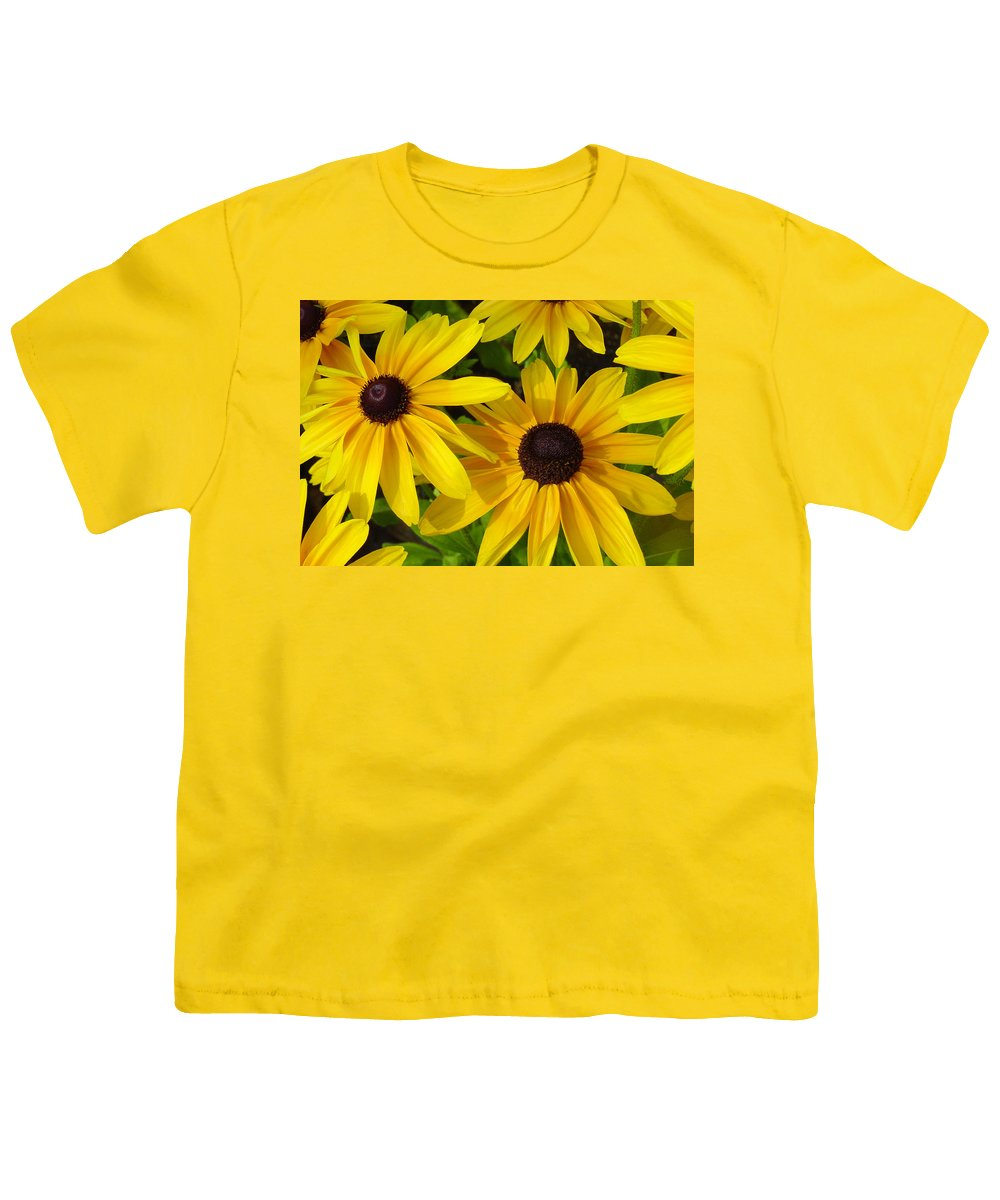 Black Eyed Susan Youth T-Shirt featuring the photograph Black Eyed Susans by Suzanne Gaff