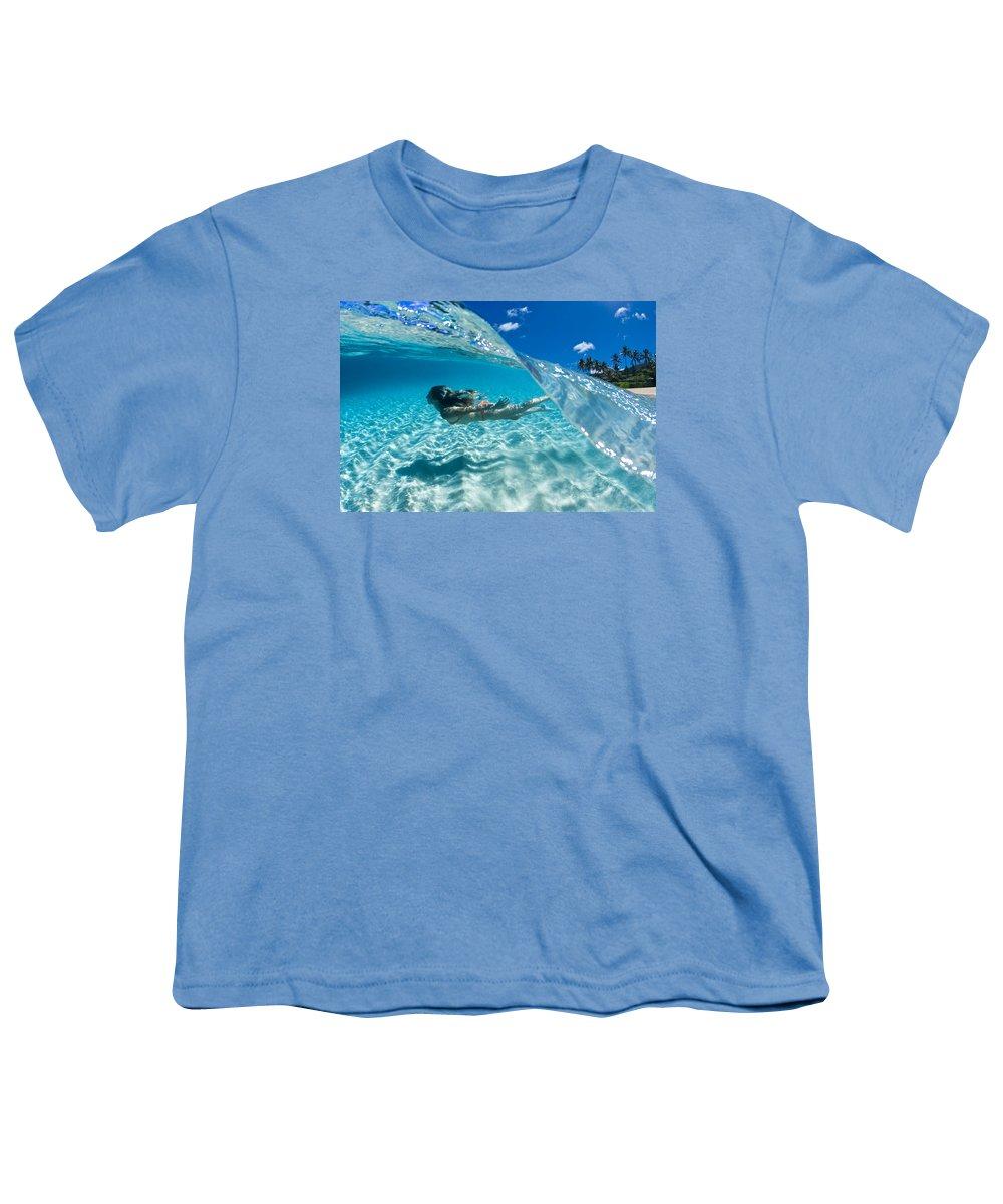 Ocean Youth T-Shirt featuring the photograph Aqua Dive by Sean Davey