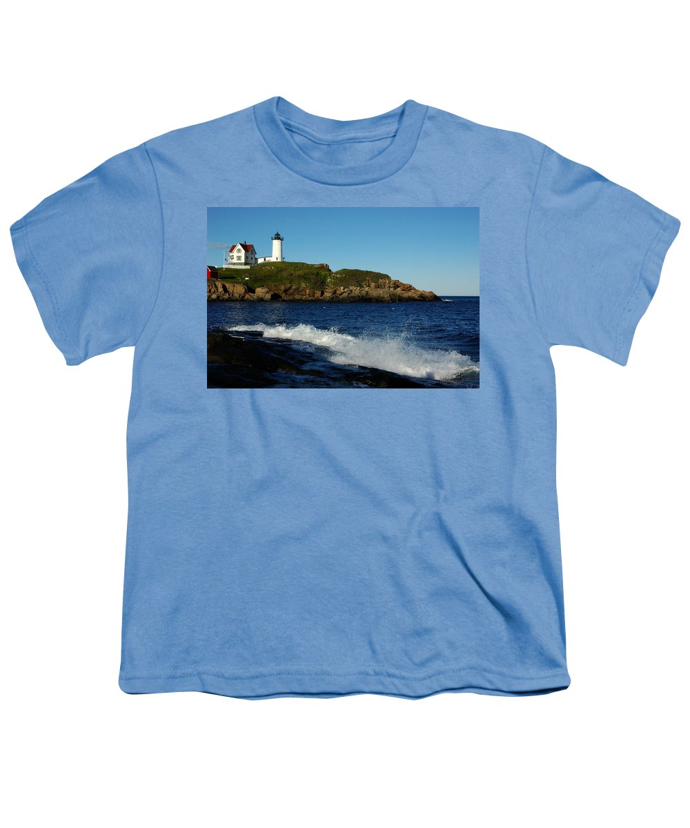 Landscape Lighthouse Nautical New England Cape Neddick Nubble Light Youth T-Shirt featuring the photograph Dnre0608 by Henry Butz