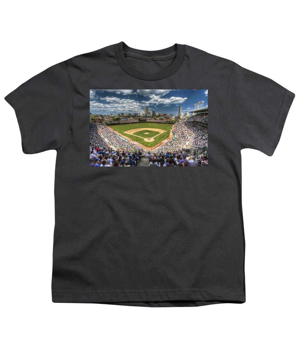 Wrigley Field Youth T-Shirts