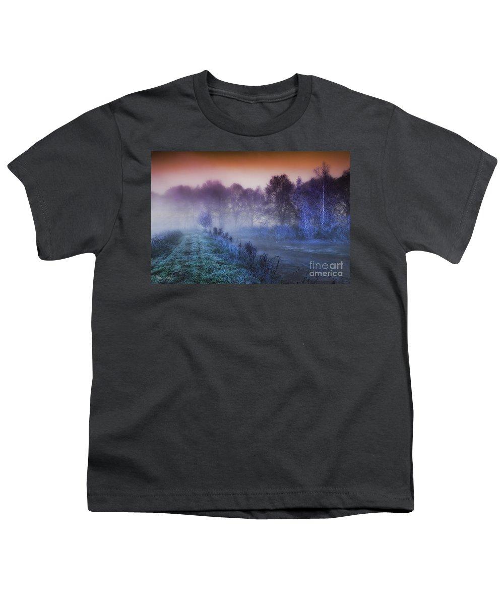 Mo Youth T-Shirts