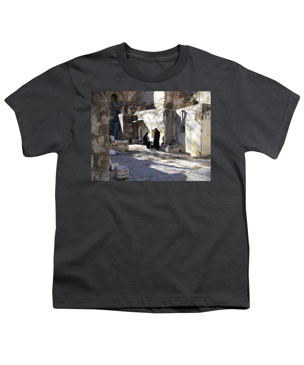 Jerusalem Youth T-Shirt featuring the photograph Morning Conversation by Kathy McClure