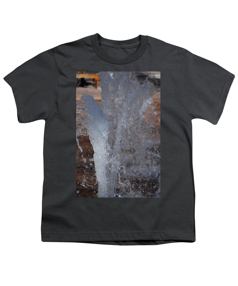Water Youth T-Shirt featuring the photograph Splash by Rob Hans