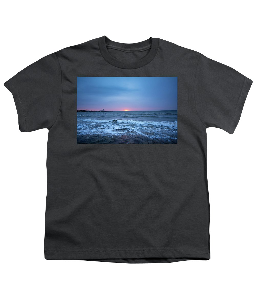 Scarborough Youth T-Shirt featuring the mixed media Scarborough by Smart Aviation