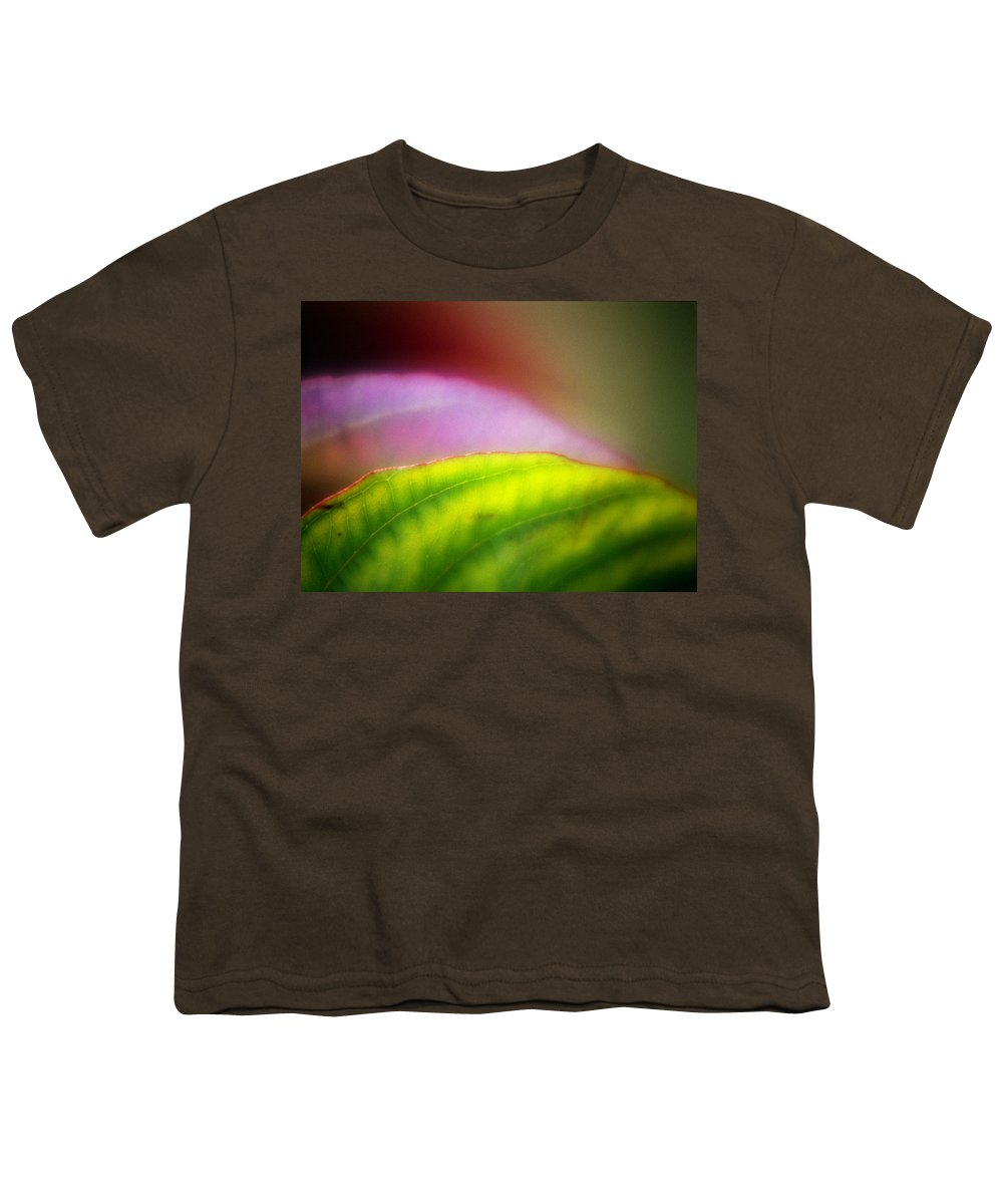 Macro Youth T-Shirt featuring the photograph Macro Leaf by Lee Santa
