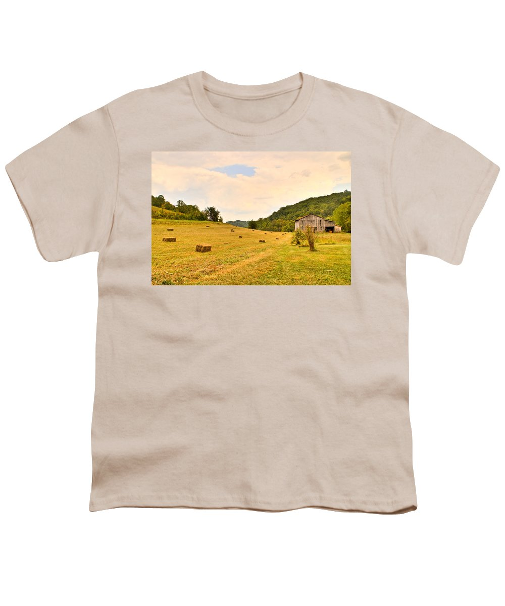 Pastorial Youth T-Shirt featuring the photograph Pastorial Framland In Kentucky by Douglas Barnett