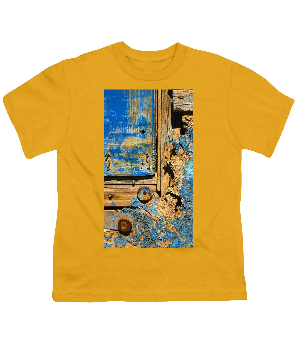 Abstract Youth T-Shirt featuring the photograph Blues Dues by Skip Hunt