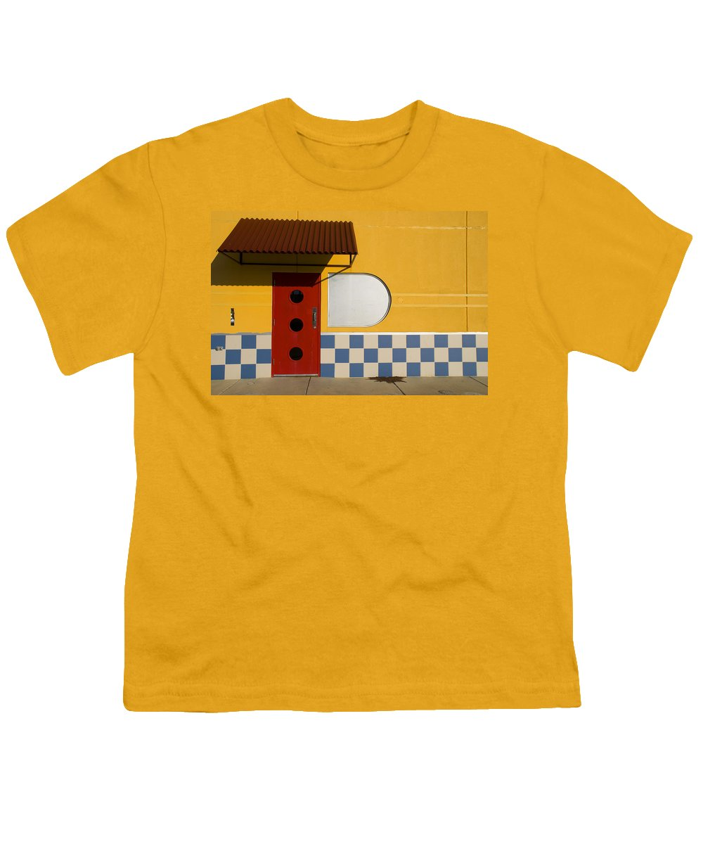 Architecture Youth T-Shirt featuring the photograph Happy Days by Skip Hunt