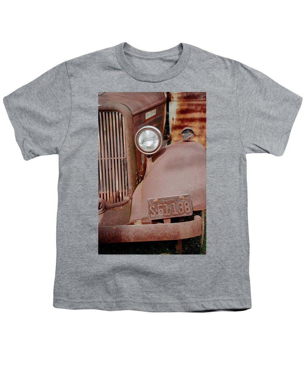 Car Youth T-Shirt featuring the photograph Rusty by Flavia Westerwelle