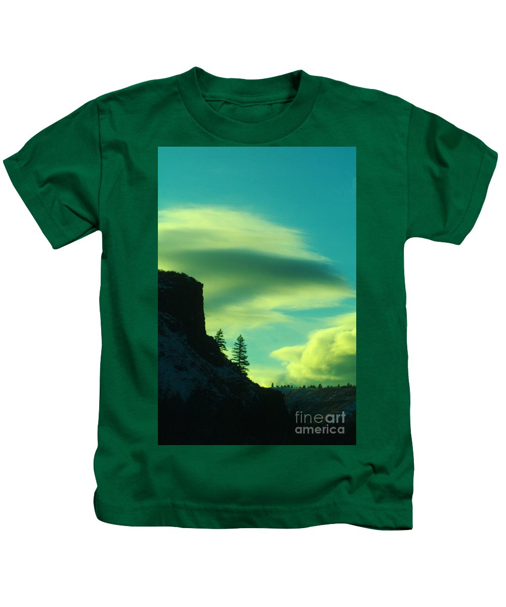 Sunset Kids T-Shirt featuring the photograph Settling by Jeff Swan