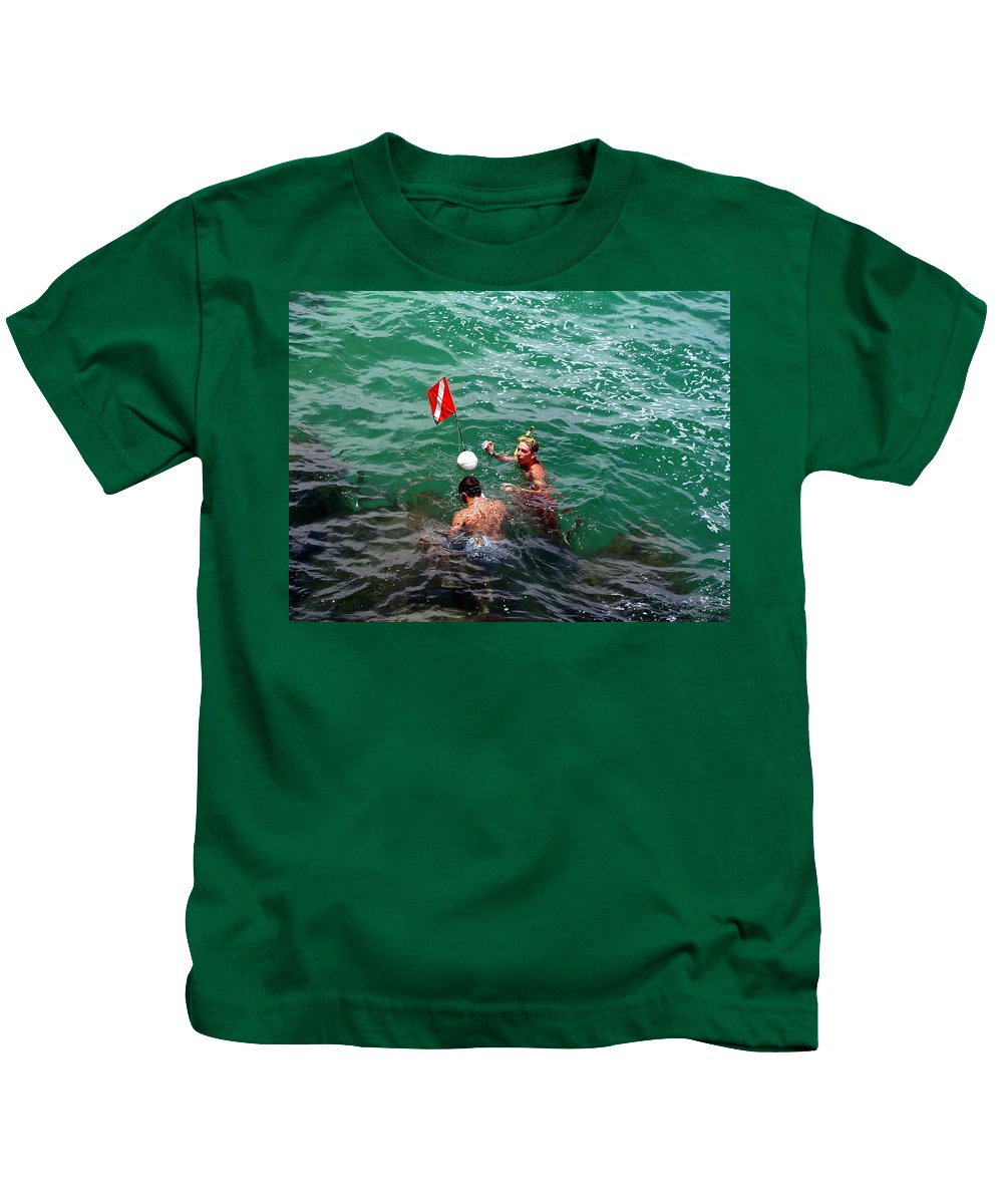 Boys Kids T-Shirt featuring the photograph Divers At Sebastian Inlet On The Atlantic Coast Of Florida by Allan Hughes
